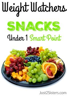 Diet Snacks Weight Watchers Snacks Under 1 Smart Point - Are you looking for some awesome Weight Watchers Snacks Under 1 Smart Point? They aren't as easy to come by with the new program but we have some ideas! Weight Watchers Snacks, Plats Weight Watchers, Weight Watchers Smart Points, Weight Loss Snacks, Healthy Weight Loss, Weight Watchers Motivation, Wieght Watchers, Nutritious Meals, Salads