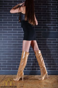 MAURIZIO PORTONI - timeless chic in shoes! www.maurizioportoni.com this model: ALINA70 in camelbrown designer boots, stiefel, vintage, overknee over knee, high heels