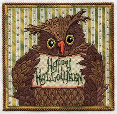 Two-Handed Stitcher: WHOOOOO Loves Halloween???