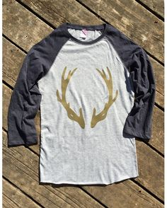Backwoods Gypsy Women's Deer Antler Glitter 3/4 Sleeve Baseball T-Shirt - Heather/Navy