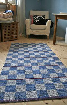 Textiles, Rag Rugs, Woven Rug, Hand Weaving, Home Decor, Farmhouse Rugs, Rug Weaves, Knit Rug, Hand Knitting