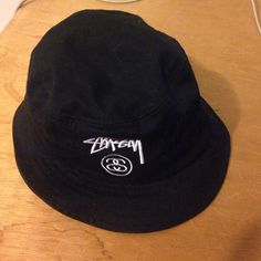 Stussy bucket hat All black Stussy bucket hat. Only worn twice. Stussy Accessories Hats