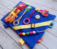 Therapy tool Special needs Busy blanket Busy board Sensory board Toddler fidget blanket Dementia activity board Alzheimers Memory blanket Sensory Blanket, Baby Sensory, Sensory Toys, Sensory Wall, Dementia Crafts, Alzheimers Activities, Fidget Blankets, Fidget Quilt, Craft Ideas