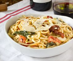 One-Pot Pasta: Linguine with Roasted Red Peppers, Sun-Dried Tomatoes