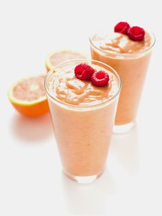 Orange Peach Raspberry Smoothie (Paleo, Vegan) | acalculatedwhisk.com