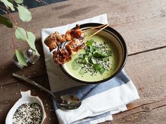 Asian-style broccoli soup - Recipes - Kitchen Stories