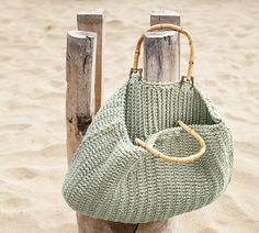 reusable straw bag how to make Schicke Strandtasche Diy Accessoires, Crochet Coat, Crochet Bags, Macrame Bag, Types Of Bag, Summer Bags, Casual Bags, Knitted Bags, School Bags
