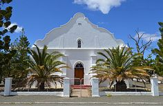 Die NG kerkgebou op Klipplaat is in 1908 opgerig, sowat 36 jaar voor die gemeente se stigting. Church Building, My Land, South Africa, Landscape Photography, Mansions, History, House Styles, Places, Beautiful