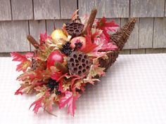 Fall Cornucopia Lotus Pods, Fall Fruits, Grape Vines, Berries, Crafts, Collection, Manualidades, Vineyard Vines, Bury
