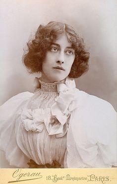 +~+~ Antique Photograph ~+~+  Fashionable woman from Paris.