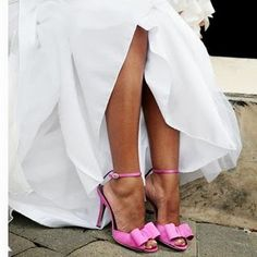 White dress with pink wedding shoes and some pink flowers Get P. for cancer prevention Pink Wedding Shoes, Bridal Shoes, Wedding Dresses, Pink Pumps, Pink Shoes, White Shoes, Cute Pink, Pretty In Pink, Perfect Pink