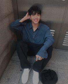 Bobby, Ikon Member, Koo Jun Hoe, Ikon Wallpaper, Hanbin, Flower Boys, Profile Photo, Yg Entertainment, K Idols