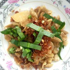 "Pork crackling กากหมู.  Soulmate of Thai Boat Noodle ""Klongtan"""