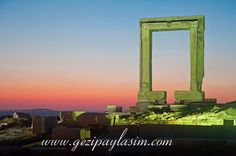Portara Gate, Naxos Marina Bay Sands, Gate, Studios, Building, Places, Travel, Blog, Viajes, Portal