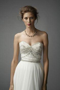 Watters 'Kian Corset' size 12 sample wedding dress - Nearly Newlywed