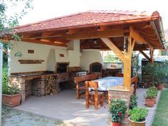 An outdoor kitchen can be an addition to your home and backyard that can completely change your style of living and entertaining. Backyard Projects, Outdoor Projects, Backyard Patio, Backyard Landscaping, Outdoor Kitchen Design, Patio Design, Garden Design, Outdoor Oven, Outdoor Cooking