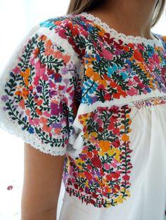 Resultado de imagen para bordados mexicanos