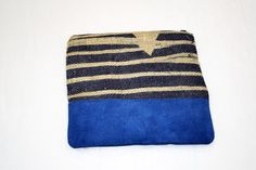 Medium Patterned burlap bag with blue suede