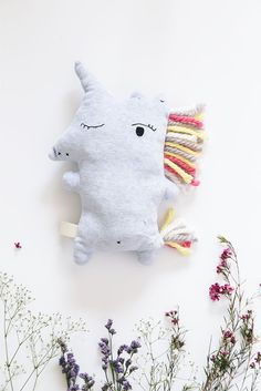 The product amigos achuchables-unicornio>>unicorn is sold by umbilical in our Tictail store. Tictail lets you create a beautiful online store for free - tictail.com