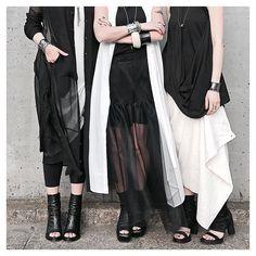 Quadrato Boutique ▶︎▶︎▶︎▶︎▶︎ ・ Our symbol is BLACK & WHITE✔️ ・ 黒と白の洋服で成り立ってる私達。 洋服好きが止まらない私達♡ ・ #blackandwhite #nostrasantissima #primordialisprimitive…