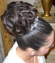 Spotted...in salone! La classe e l'eleganza delle spose CDJ. #cdj #degradejoelle #tagliopuntearia #degradé #dettaglidistile #welovecdj #bride #beautifulhair #naturalshades #hair #hairstyle #hairstyles #haircolour #haircut #fashion #longhair #style #hairfashion