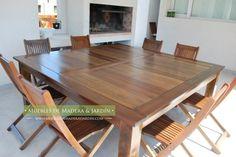 Mesas cuadradas de madera