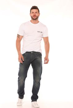 Jeans, Mens Tops, T Shirt, Fashion, Men, Moda, Tee, Fasion, Trendy Fashion
