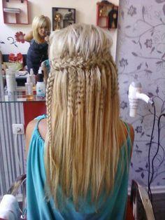 Peinado hair: hair and beauty tutorials. Love Hair, Great Hair, Gorgeous Hair, Amazing Hair, Beautiful Braids, Crimped Hair, Corte Y Color, Looks Cool, About Hair