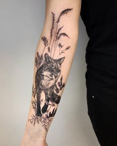 50 of the most beautiful owl tattoo designs and their meaning for the nocturnal animal in him … - tattoos sleeve Fox Tattoo Design, Floral Tattoo Design, Henna Tattoo Designs, Diy Tattoo, Tattoo Fonts, Tattoo Art, Natur Tattoo Arm, Natur Tattoos, Kunst Tattoos