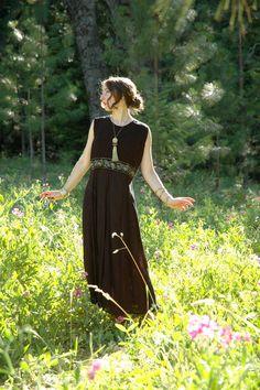 Your place to buy and sell all things handmade Greek Goddess Dress, Greek Dress, Ancient Greece Fashion, Greece Style, Greek Clothing, Photoshoot Inspiration, Drapery, Dress Black, Mythology