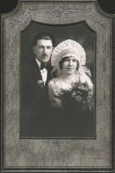 +~+~ Vintage Photograph ~+~+  Art-Nouveau wedding style with this bride's beautiful headdress. c. 1920