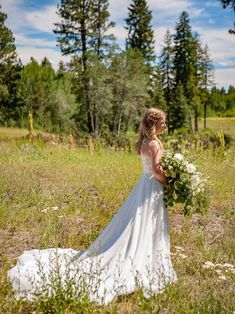 Brautkleider Hof-Schleppe A-Linie/Princess-Linie Ärmellos V-Ausschnitt Spitze OW407 Long Wedding Dresses, Bridal Dresses, Wedding Gowns, Girls Dresses, Flower Girl Dresses, Dress Long, Beach, Fashion, Flower Girl Gown