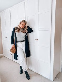 Shop Your Screenshots™ with LIKEtoKNOW.it, a shopping discovery app that allows you to instantly shop your favorite influencer pics across social media and the mobile web. Daily Look, Black Belt, Trench, White Jeans, Jumper, Duster Coat, Curves, Normcore, Europe