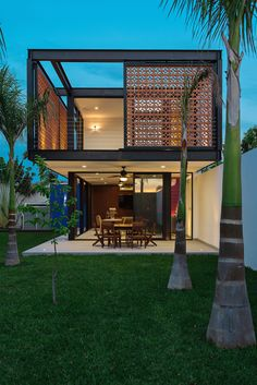 Loft G in Mérida, Yucatán / Punto Arquitectónico Architecture Design, Residential Architecture, Design Exterior, Modern Exterior, Casas Containers, Loft House, Container House Design, Container Homes, Glass House