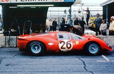 Beauty with a touch of chili pepper, Pedro Rodriguez & Jean Guichet's NART Ferrari 412P, 1967 24 Hours of Daytona.