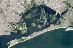 An Unlikely Corner of New York : Image of the Day : NASA Earth Observatory