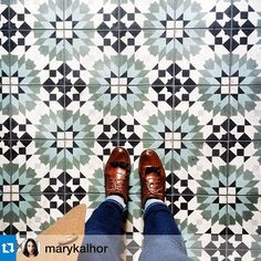 #Repost @marykalhor with @repostapp.・・・Casablanca Green pattern at The Dunbar Room at the Sorrento Hotel in Seattle, WA. #cementtileshop #cementtiles #cementtile #concretetile #encausticcementtile #encaustictile #hydraulictile #cubantile #mexicantile #handmadetile #moroccantile #patternedtile
