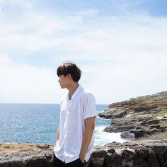 Image about kpop in EXO by ℭ𝔞𝔪𝔦𝔩𝔞 🐈 on We Heart It Kyungsoo, Chanyeol, Wattpad, Exo L Website, Kai Hawaii, Exo Updates, Exo Songs, Exo Music, O Tv