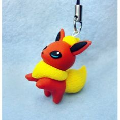 Flareon, Keychain,mobile accessories,llavero,colgante de movil,anime,manga,pokemon,                                                                                                                                                                                 Más