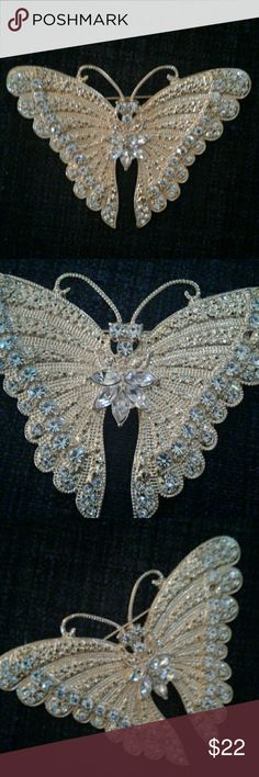 Gold Rhinestone Butterfly Brooch  Pin Beautiful Gold Rhinestone Butterfly Pin, missing 1 tiby rhinestone,  not noticeable.  Custom Jewelry costume Jewelry Brooches