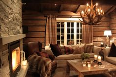 . Tiny House Cabin, Cozy House, Living Room Interior, Home Interior Design, Small Living Rooms, Living Area, Cabin Interiors, Cabins And Cottages, Log Homes