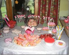 A menu guide for all foods PINK & GREEN...Pinkalicious themed Birthday.