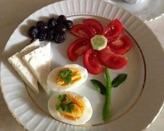 funny food – creative food prepared for young and old - Modern Cute Food, Good Food, Yummy Food, Baby Food Recipes, Cooking Recipes, Healthy Recipes, Healthy Food, Food Art For Kids, Easy Food Art