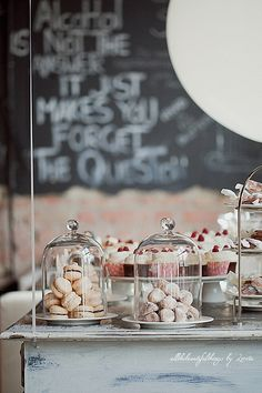 Unique Wedding Catering Ideas for the Big Day – MyPerfectWedding Bakery Design, Cafe Design, Design Design, Pastry Display, Cafe Display, Café Restaurant, Café Bar, Bakery Cafe, Bakery Shops