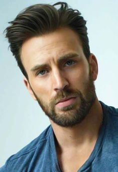 Celebrity Hairstyles For Men 2021 Mens Hairstyles With Beard, Boy Hairstyles, Hair And Beard Styles, Haircuts For Men, Mens Wedding Hairstyles, Celebrity Hairstyles, Chris Evans Bart, Chris Evans Funny, Chris Evans Captain America