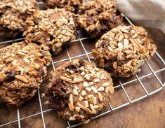 Chokorug ala Lagkagehuset - Perfekt i madpakken   Mummum.dk Food N, Cereal, Sweets, Cookies, Dining, Breakfast, Healthy, Cake, Desserts