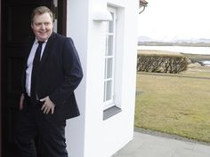 The Prime Minister of Iceland has resigned http://www.independent.co.uk/news/world/europe/iceland-prime-minister-sigmundur-dav-o-gunnlaugsson-quits-over-panama-papers-tax-haven-scandal-a6969911.html