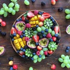 fruit, yummy, and strawberry resmi