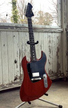 Cherry LeMans - MotorAve Guitars