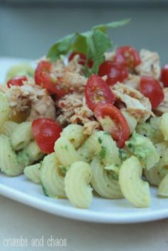 Avocado Pasta with Chicken & Tomatoes!